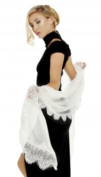 604 SLG Silk georgette stole w lace border ivory cropped